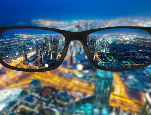The Difference Between Bifocal & Progressive Lenses